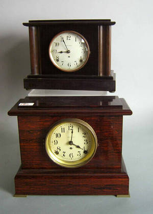 Two Seth Thomas mantle clocks with faux rosewood cases