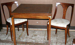 10403 FOLDING TOP GAMESDINING TABLE W 4 CHAIRS