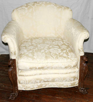 120444 UPHOLSTERED MAHOGANY EASY CHAIR H 32 W 36