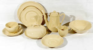 122543 JOHNSON BROS PORCELAIN BREAKFAST SET