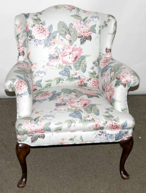 091477 QUEEN ANNE STYLE SMALL WINGBACK CHAIR