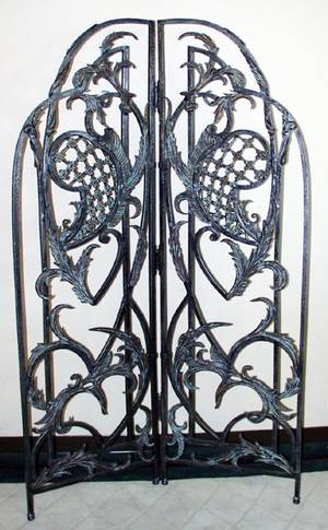 042075 WROUGHT IRON FLOOR SCREEN H 81 W 50