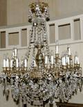 032072 FRENCH CRYSTAL  GILT BRONZE CHANDELIER