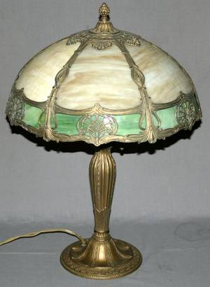 030296 SLAG GLASS TABLE LAMP C 1930 H 24 DIA 16
