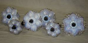 041512 VICTORIAN OPALESCENT GLASS CURTAIN TIE BACKS
