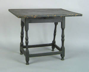 New England Queen Anne pine and maple tavern table late 18th c