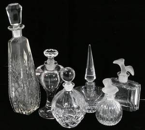 021482 CUT  FROSTED GLASS PERFUME BOTTLES  STOPPERS