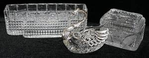 052501 CRYSTAL SILVERPLATE SWAN CUT GLASS BOX VASE