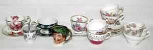 040526 PORCELAIN TEA CUPS DOULTON PITCHER CODDLERS