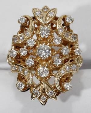 061061 14KT GOLD  DIAMOND CLUSTER RING