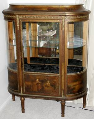 042029 FRENCH LOUIS XVI STYLE GILT WOOD VITRINE