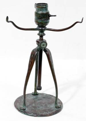 081083 TIFFANY STUDIOS BRONZE TABLE LAMP BASE