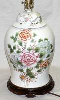 071097 CHINESE PORCELAIN TABLE LAMP H 30