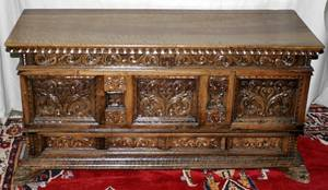 071120 ENGLISH GOTHIC STYLE HANDCARVED WALNUT CHEST