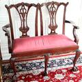 082233 CHIPPENDALE STYLE MAHOGANY SETTEE C1940