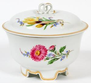 MEISSEN PORCELAIN COVERED BOWL C 1930