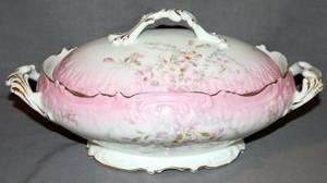 090414 LIMOGES PINK LUSTER PORCELAIN VEGETABLE BOWL