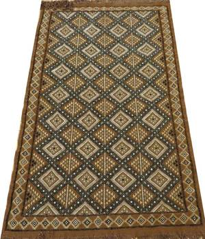 TURKISH HAND WOVEN WOOL HOOK RUG