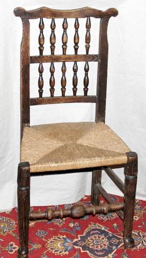 071514 ENGLISH OAK SPINDLE BACK SIDE CHAIR W SEAT