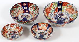JAPANESE IMARI PORCELAIN BOWLS 19TH C FOUR