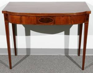 082031 ANTIQUE MAHOGANY FLIP TOP GAME TABLE W INLAY