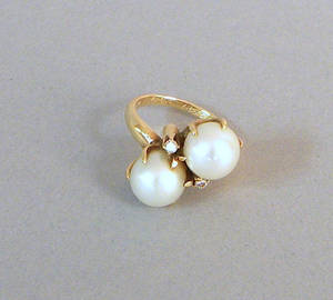 14K yellow gold pearl and diamond ring dated 12151