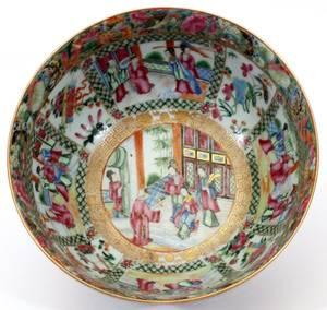 CHINESE ROSE MANDARIN PORCELAIN BOWL C 1840