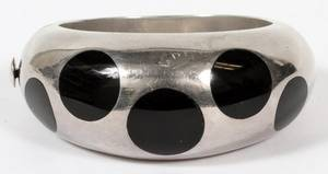 MEXICAN STERLING  ONYX HINGED BANGLE BRACELET