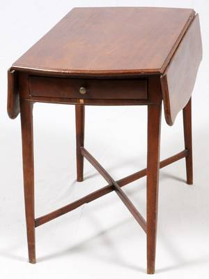 ENGLISH MAHOGANY PEMBROKE TABLE C 1810