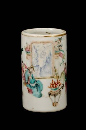 Chinese Tongzhi Period Fine Porcelain Brush Pot