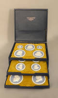 Boxed set of fourteen Wedgwood jasperware portrait medallions