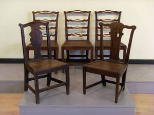 Five English plank seat chairs 18th19th c