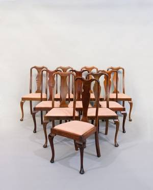 Assembled set of ten Queen Anne style mahogany dining chairs