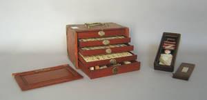 Cased mahjong set