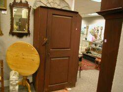 Red Painted Wooden Cupboard with Raised Panel Door