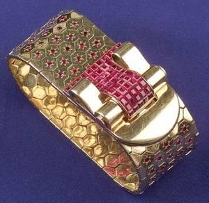 18kt Gold and Ruby Bracelet Van Cleef  Arpels