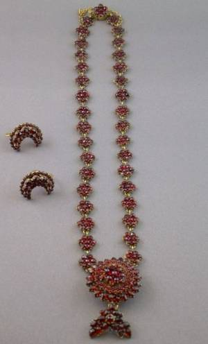 Antique 14kt Gold and Garnet Necklace and a Pair of Moonshaped 10kt Gold and Garnet Earrings