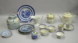 Seventeen Pieces of Assorted Chinese Export Porcelain Tea and Tableware