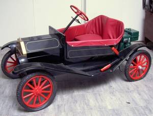 Motorized Painted Plastic and Metal Open Touring Car