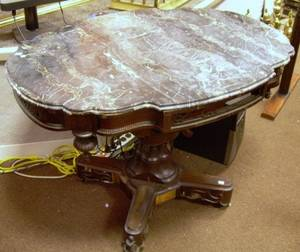 Victorian Rococo Revival Black Marbletop Walnut and Rosewood Veneer Pedestalbase Center Table