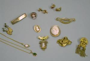 Group of Mostly Gold Victorian and Estate Jewelry
