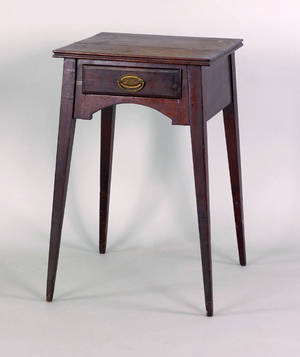 Pennsylvania Federal walnut one drawer stand early 19th c