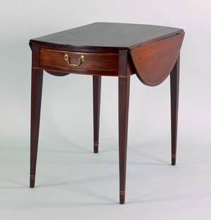 Philadelphia or Baltimore Hepplewhite mahogany pembroke table ca 1800