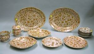 Fifteen Pieces of Chinese Export Porcelain Tableware