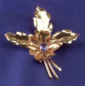 Retro 14kt Gold and Sapphire Pin Bailey Banks  Biddle Co