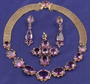 Late Georgian 18kt Gold and Amethyst Pendant Necklace