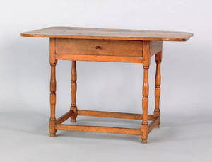 New England pine and butternut tavern table 18th19th c