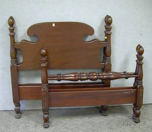 Pair of Paine Furniture Federalstyle Mahogany Twin Beds