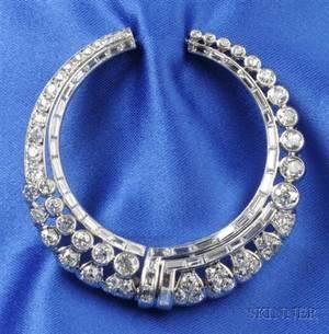 Art Deco Platinum and Diamond Brooch France