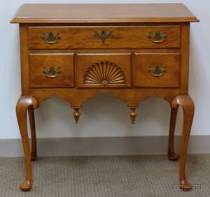 Queen Anne Style Carved Mahogany Dressing Table